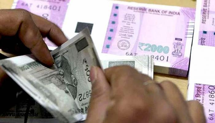 बॅंक किंवा पोस्ट ऑफिसपेक्षा 'इथे' पैसे गुंतवल्यास मिळेल अधिक फायदा...