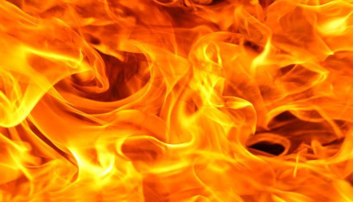 फिलीपीन्स : मॉलमध्ये आग, कॉल सेंटर कर्मचाऱ्यांसह 37 लोकांचा होरपळून मृत्यू