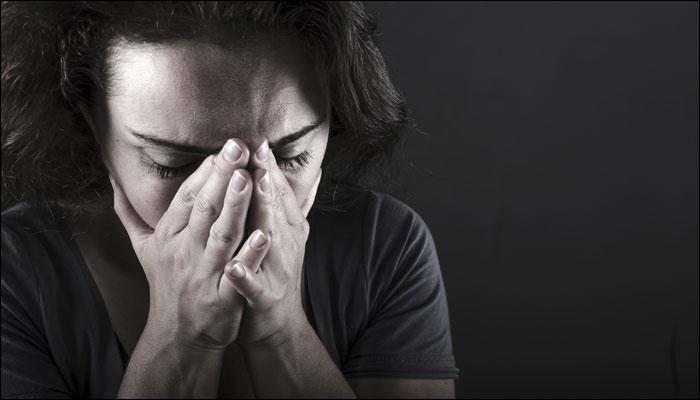 पुरूषांच्या तुलनेत स्त्रियांना या '7' आजारांंचा धोका अधिक !