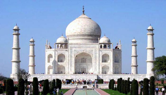 ताजमहलमध्ये नमाजासाठी ठराविक मुस्लिमांनाच संधी