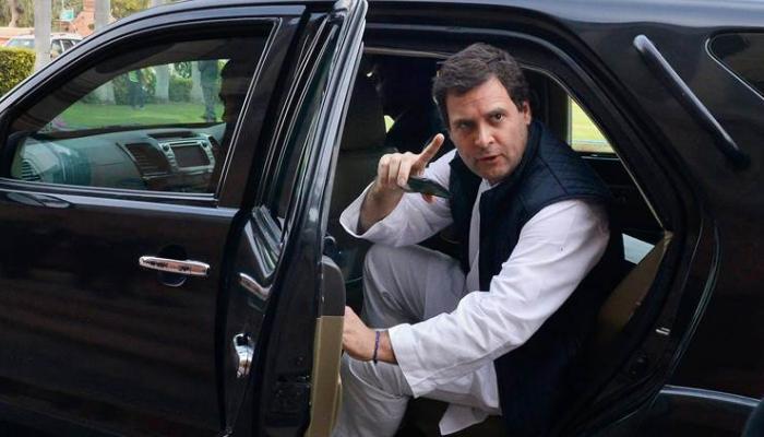 नरेंद्र मोदींवर घोटाळ्याचा आरोप, राहुल गांधी यांचा हल्लाबोल