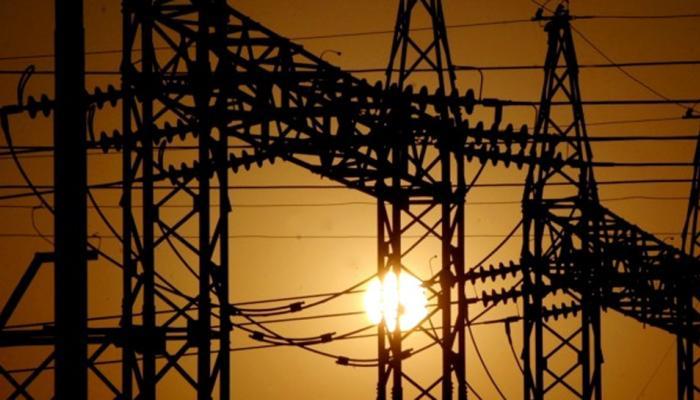 राज्यात वीज दर वाढीचे संकट, ग्राहकांना बसणार 'शॉक'