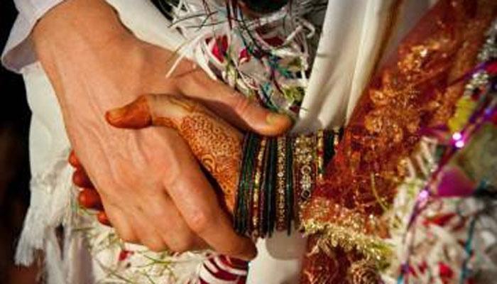 पालकांच्या संमतीविना मुलींच्या लग्नाचं वय वाढवा, संसदेत विधेयक