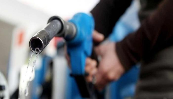 पेट्रोल-डिझेलच्या किंमती घटणार, सर्वसामान्यांना दिलासा द्यायचा सरकारचा प्रयत्न