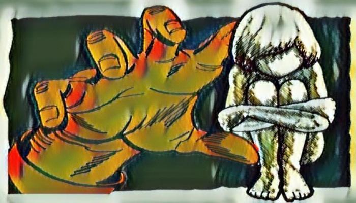 खाऊचे आमिष दाखवून ४ वर्षांच्या मुलीवर बलात्कार
