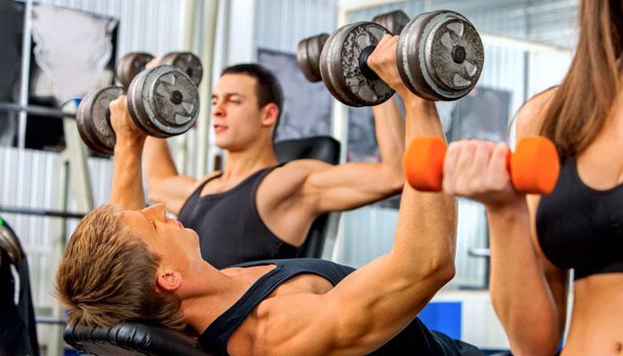 जीम किंवा वॉकला जाणे शक्य नसल्यास घरच्या घरी करा हे ५ व्यायामप्रकार!