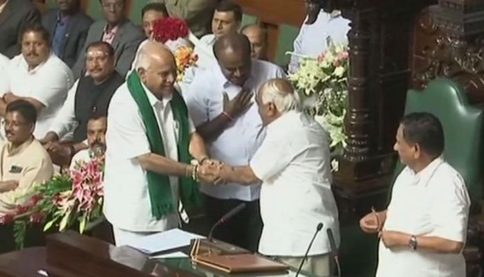 कर्नाटक : भाजपची पुन्हा माघार, काँग्रेसचे के आर रमेश विधानसभा अध्यक्ष
