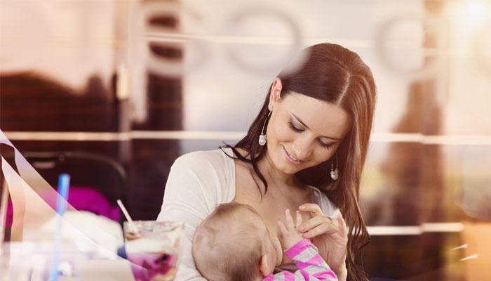 बाळाला स्तनपानाने दूध किती वर्ष द्यावे ?