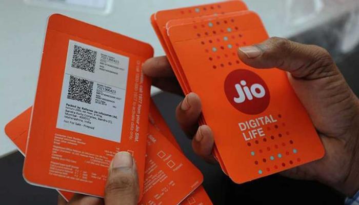 जिओची ऑफर, ३९९ रुपयांच्या प्लानमध्ये १०० रुपयांचा डिस्काऊंट
