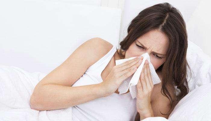 सर्दीमुळे उद्भवणारा बंद नाकाचा त्रास दूर करतील 'हे' रामबाण उपाय!