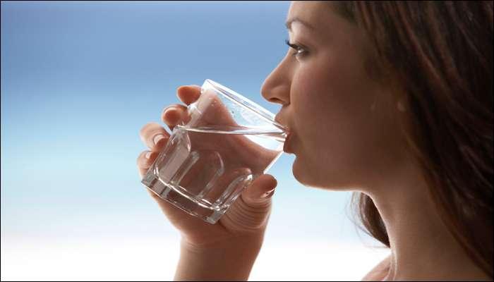 मीठाच्या पाण्याने गुळण्या करण्याचे अफलातून फायदे