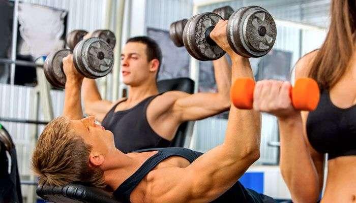 जिममध्ये जास्त वेळ व्यायाम करणाऱ्यांना असतो हा धोका