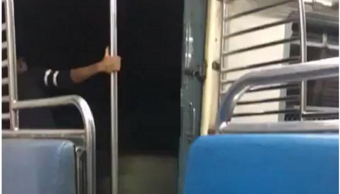 चालत्या ट्रेनमध्ये स्टंट करणारी महिला कॅमेऱ्यात कैद