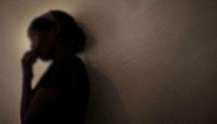 पूजा करण्यासाठी गेलेल्या अल्पवयीन मुलीवर गणेश मंडपाच्या बाहेर बलात्कार