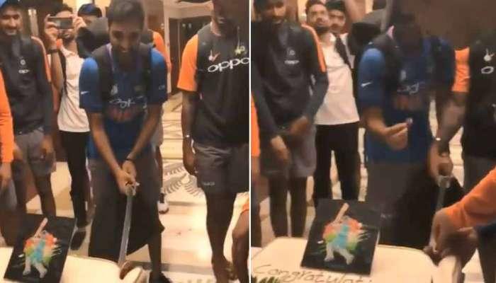 Video: विजयाचा उन्माद? भारतीय खेळाडूनं तलवारीनं केक कापला