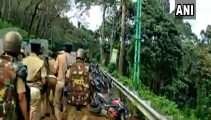 शबरीमाला मंदिर प्रवेश आंदोलन, पोलिसांकडून गाड्यांची तोडफोड