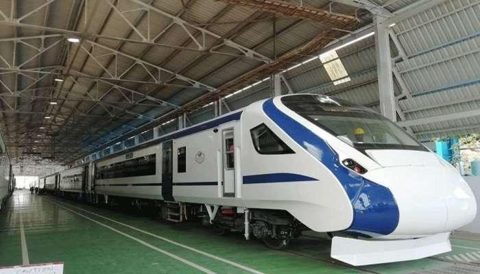 भारताची इंजिन नसलेली ट्रेन आजपासून रुळांवर