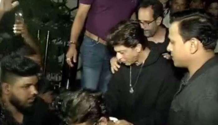 अभिनेता शाहरुख खानच्या पार्टीला गालबोट