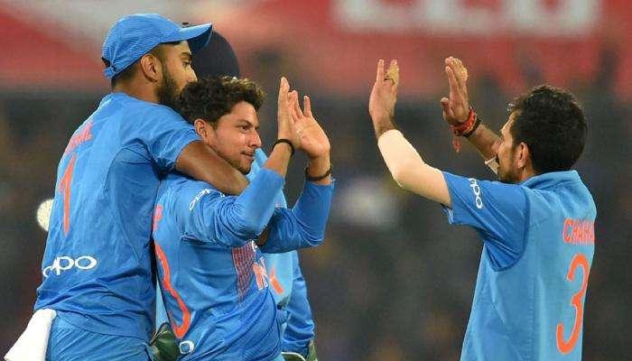 भारतीय बॉलरपुढे वेस्ट इंडिजची दाणादाण, भारताला हव्या ११० रन