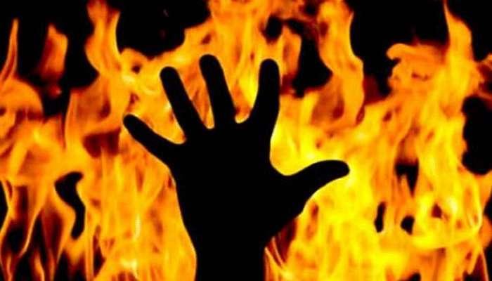 केमिकल कंपनीला आग, चार कामगार होरपळले
