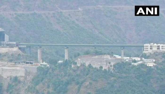 भारतात 'या' ठिकाणी साकारतोय आयफेल टॉवरपेक्षा जास्त उंचीचा रेल्वे पूल