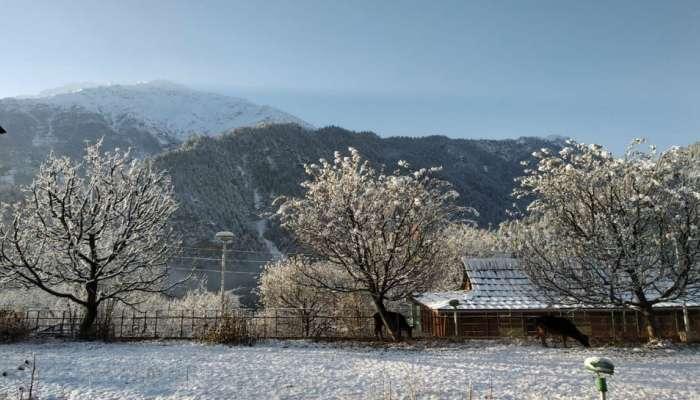 हिमाचल प्रदेशवर बर्फाची चादर....