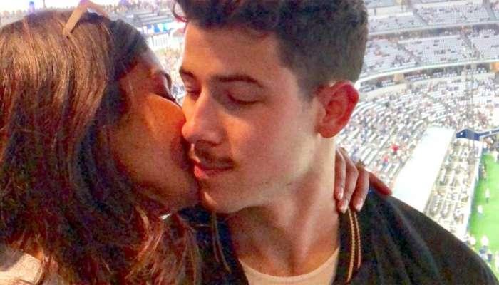VIDEO : निक-प्रियांकाच्या First kiss चा विषय निघताच...