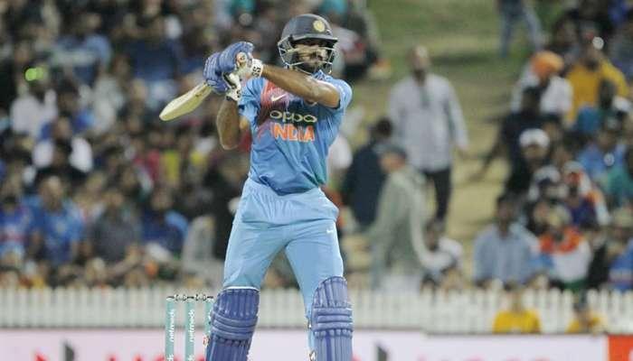 INDvsNZ: रोहितच्या त्या निर्णयामुळे विजय शंकर हैराण