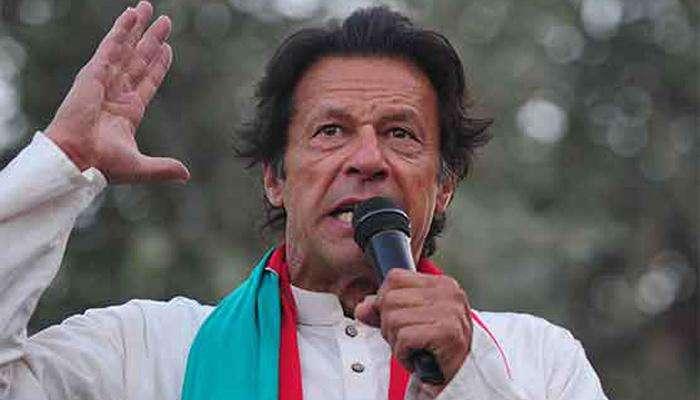 भारताने दु:साहस केले तर चोख प्रत्युत्तर द्या; इम्रान खान यांची पाकच्या लष्कराला मोकळीक
