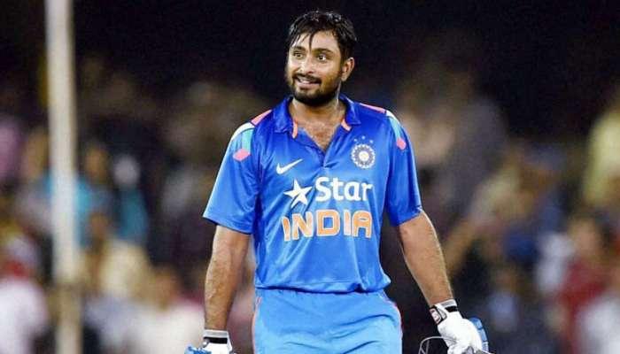 INDvsAUS LIVE : भारताला चौथा धक्का, अंबाती रायुडू १३ रन करुन तंबूत