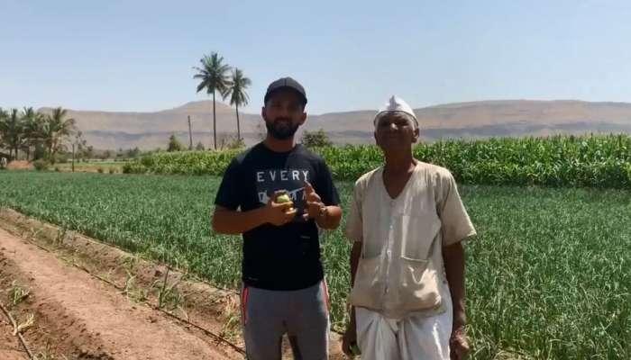 दादा थँक्यू ! शेतात जाऊन अजिंक्य रहाणेने मानले शेतकऱ्याचे आभार