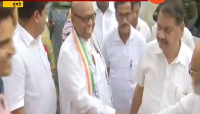 South Mumbai Congress Contestant Eknath Gaikwad Meeting People In Morning Walk For Election Campaign