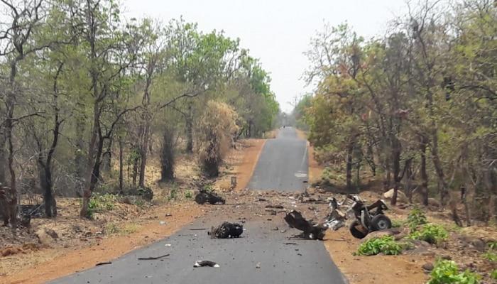 गडचिरोलीत नक्षलवाद्यांचा हल्ला, १६ पोलीस जवान शहीद