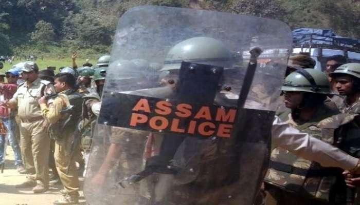 निवडणूक ड्युटीवर तैनात पोलिसाकडून साथीदारांवर गोळीबार, एक ठार