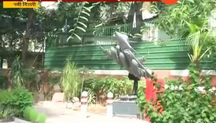New Delhi Rafale Replica Outside Residence Of IAF Chief House Opposite Congress Headquater