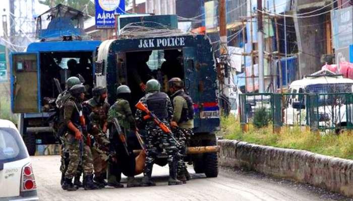सीआरपीएफच्या पथकावर हल्ला, ५ जवान शहीद