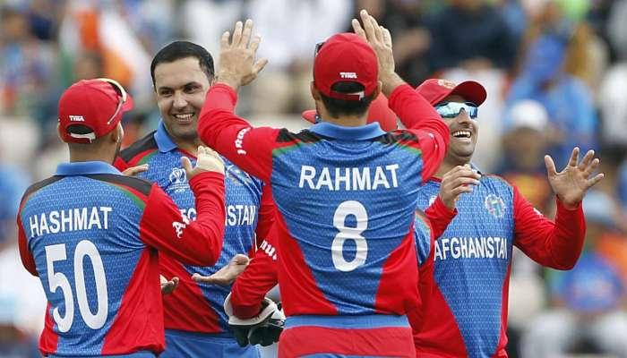 World Cup 2019 : अफगाणी बॉलिंगपुढे टीम इंडियाचा संघर्ष, ५० ओव्हरमध्ये २२४ रनपर्यंत मजल