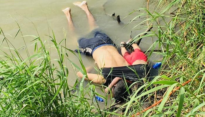 मानवतेला काळिमा : शर्टात गुंडाळलेल्या चिमुरडीसहीत शरणार्थी बापाचाही मृत्यू