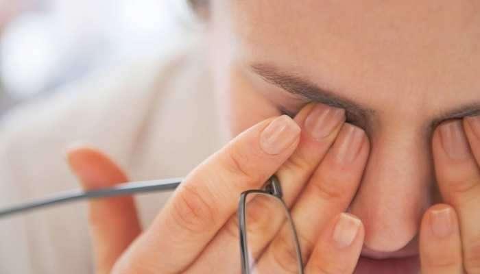 पावसाळ्यात कशी घ्याल डोळ्यांची काळजी