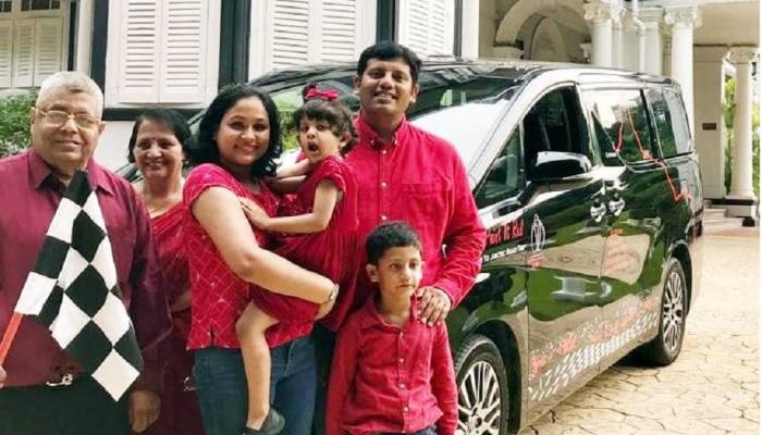 वर्ल्डकप सामन्यासाठी १७ देशांमधून गाडीने प्रवास करत लंडनला पोहोचलं हे कुटुंब