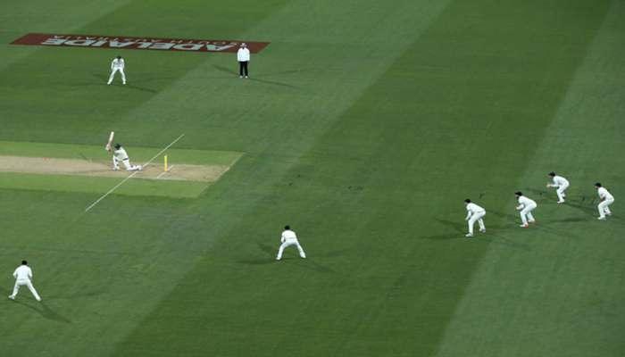 टेस्टमध्ये पहिल्यांदाच खेळाडूंच्या जर्सीवर नाव आणि नंबर