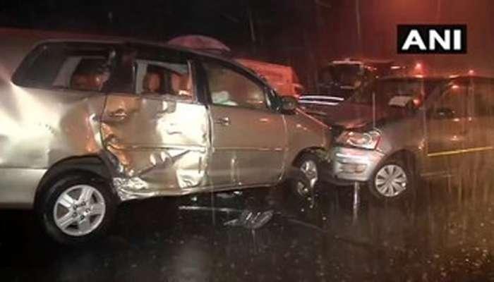 पाऊस आणि अंधारामुळे पश्चिम महामार्गावर तीन गाड्यांचा विचित्र अपघात