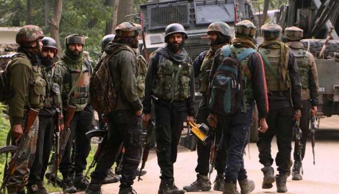 जम्मू-काश्मीरमध्ये मोठ्या प्रमाणात जवान तैनात, काहीतरी मोठं घडणार?