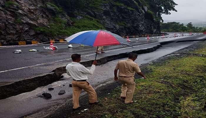मुंबई-आग्रा महामार्ग कसारा घाटात दुभंगल्याने एकेरी वाहतूक