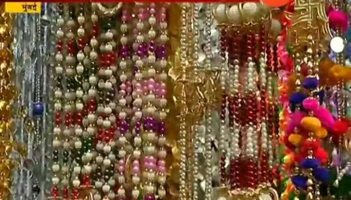Dadar Mumbai people shoppoing for upcoming Ganesh Festival