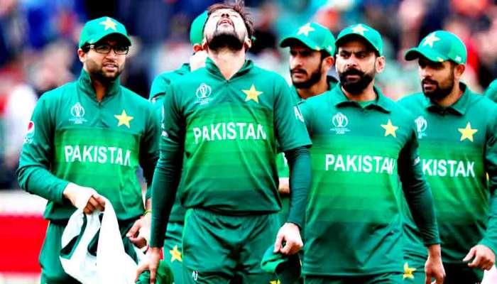 पाकिस्तानी खेळाडूंना बिर्याणी-मिठाई खायला बंदी, प्रशिक्षक मिसबाहचे आदेश