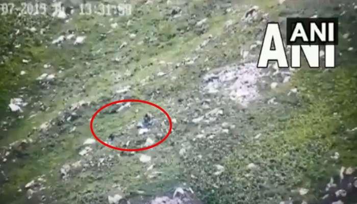 नियंत्रण रेषेवर घुसखोरी करणाऱ्या दहशतवाद्यांचा व्हिडिओ व्हायरल
