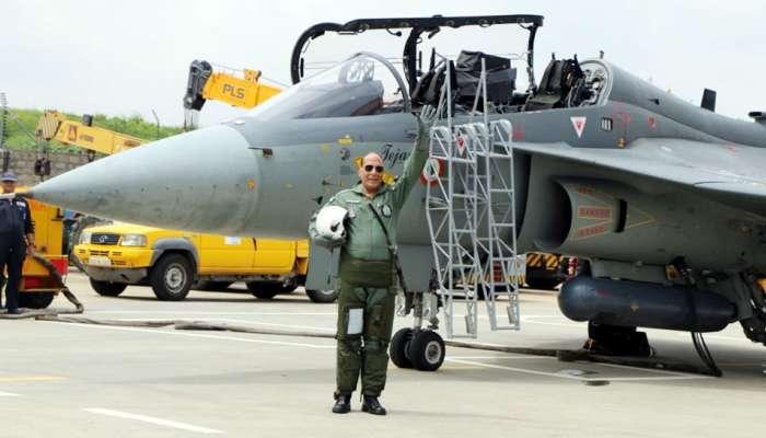 भारताला मिळाले पहिले राफेल लढाऊ विमान