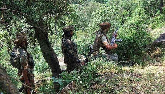 पाकिस्तानी सैन्याच्या हल्ल्यात एक जवान शहीद