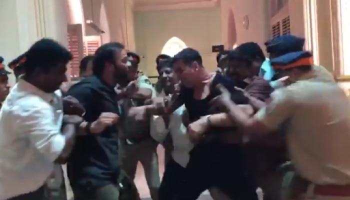 दिग्दर्शकासोबत खिलाडी कुमारची जुंपली; व्हिडिओ व्हायरल